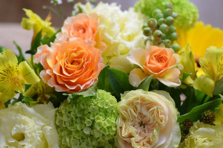 誕生日 アレンジメント 黄色オレンジ オシャレ 素敵