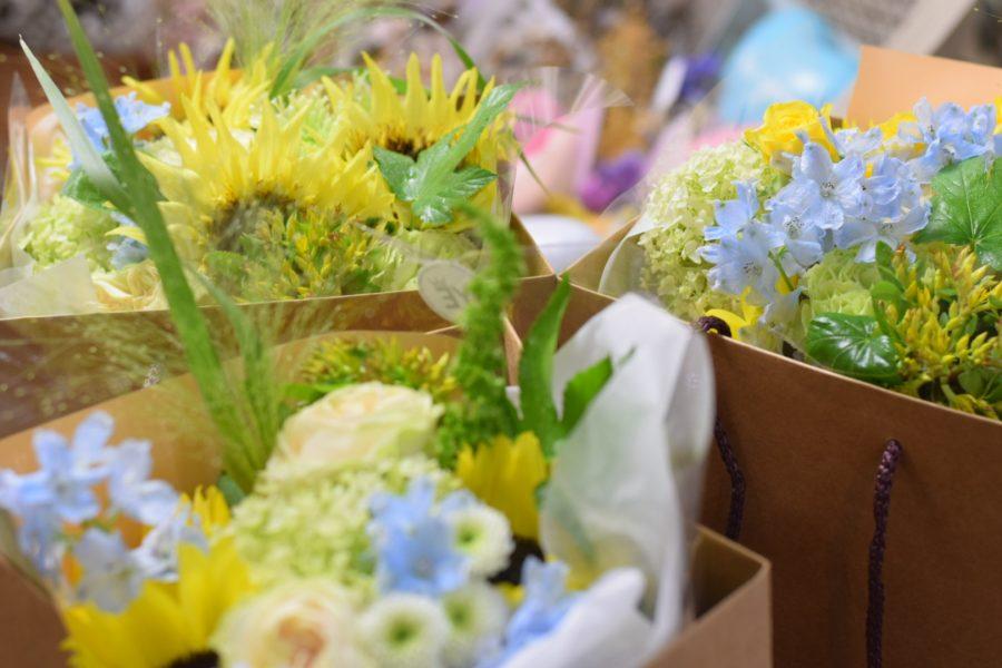 花束 御祝い ひまわり かわいい オシャレ バラ アンピール
